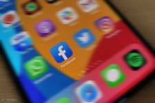 150052-apps-news-facebook-is-finally-going-to-let-you-bin-those-repetitive-marketplace-and-gro...jpg